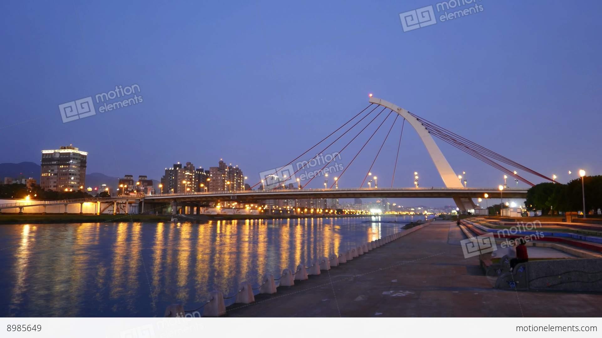Dazhi Bridge From Dusk To Night Time Lapse, Keelung River