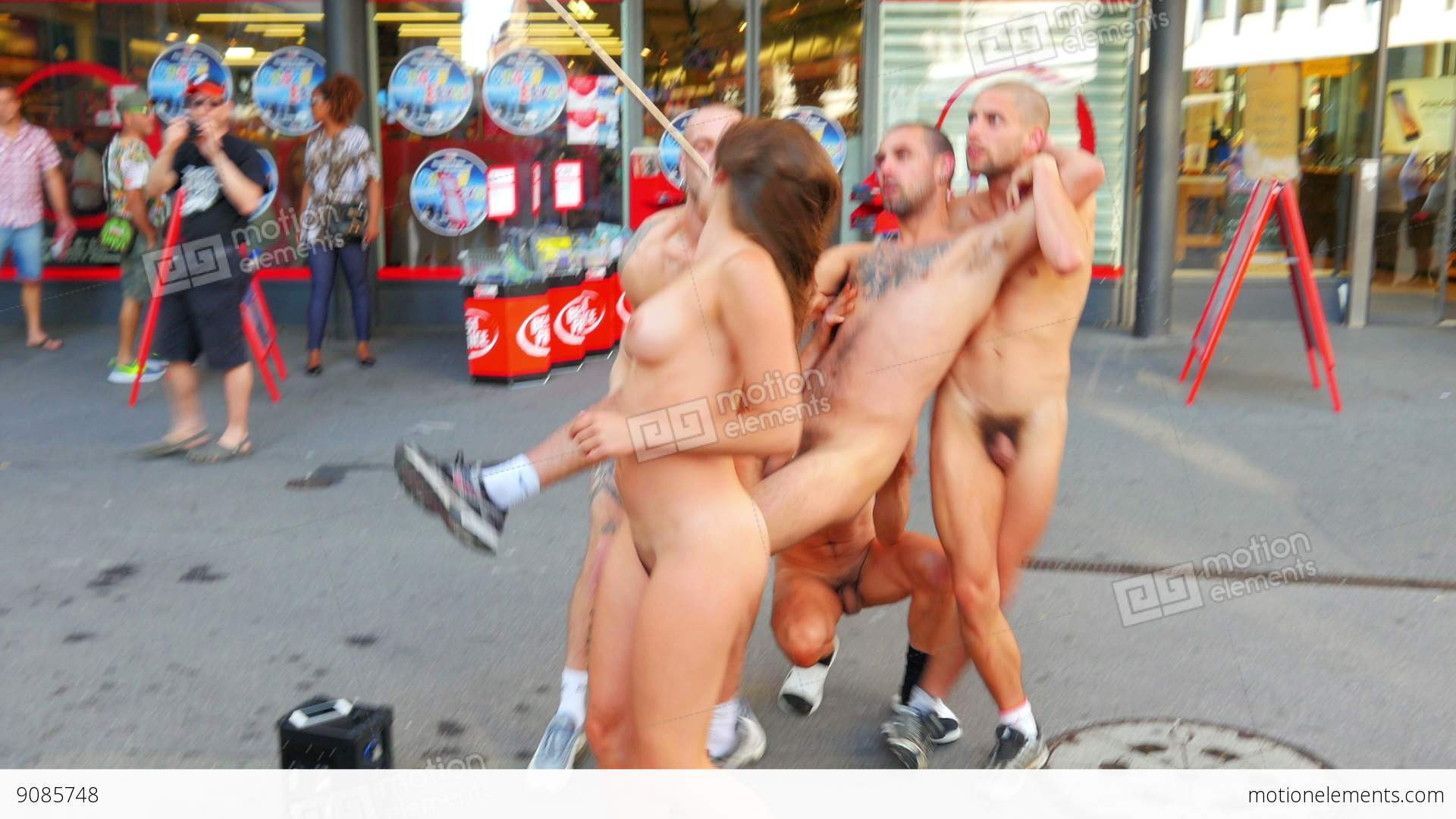 Enjoy seeing public nude Nice