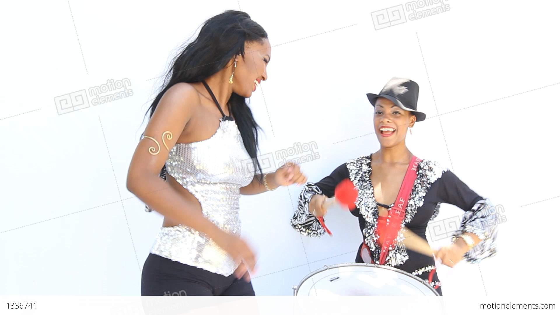 Latin Brazilian Samba Brazil Carnaval Rio De Janeiro Sexy Girls Dance Joy Show Stock -6008