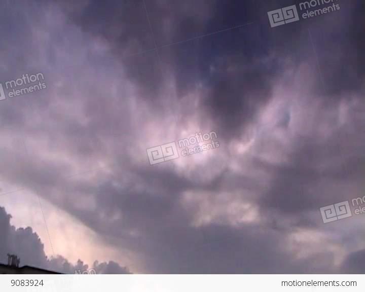 Clouds 1 Videos de stock  Libres de derechos Librería Banco de