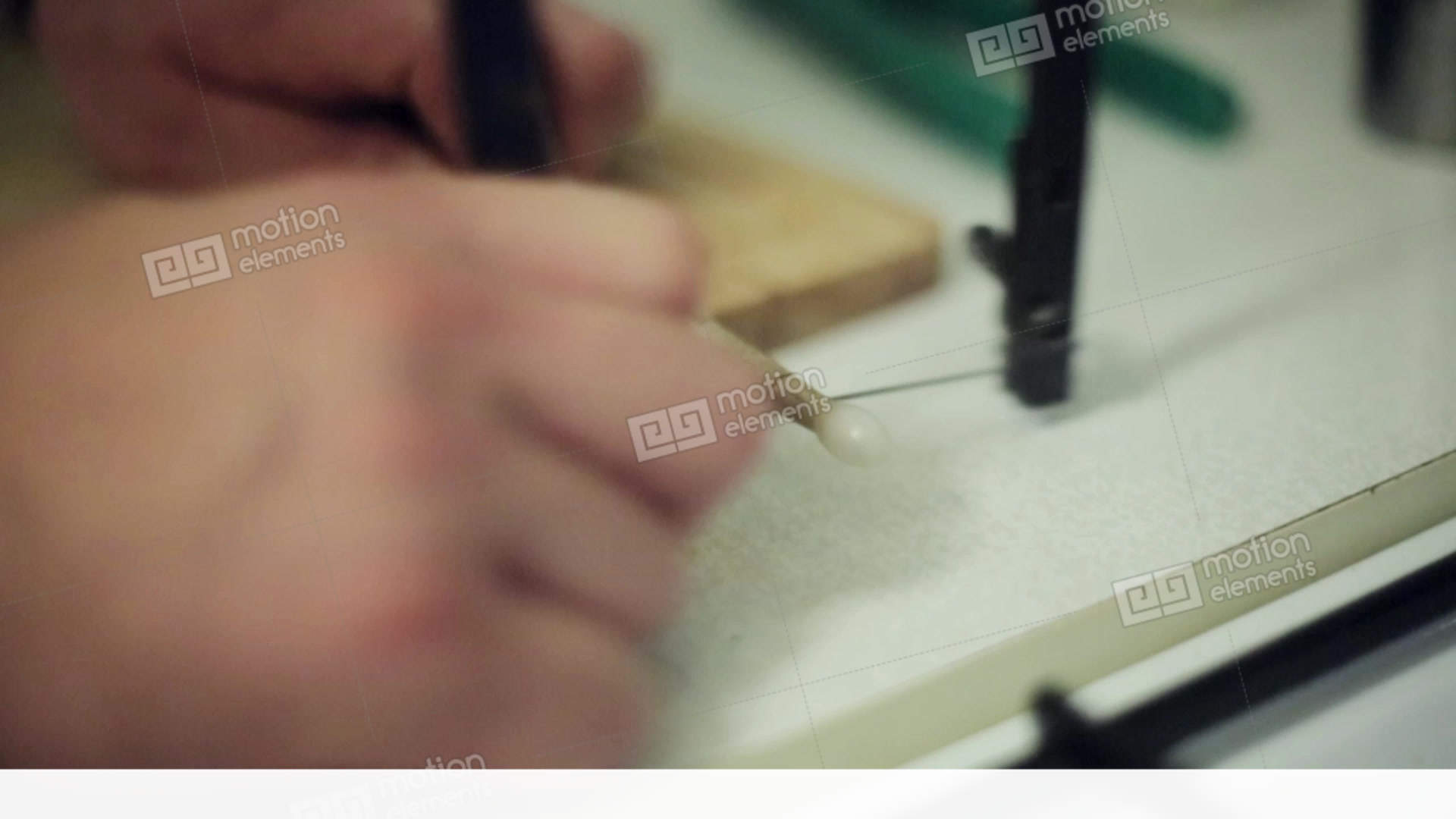 how to cut a piece of a video