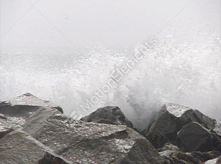 Ocean Waves Crashing On Rocks – Dibujos Para Colorear