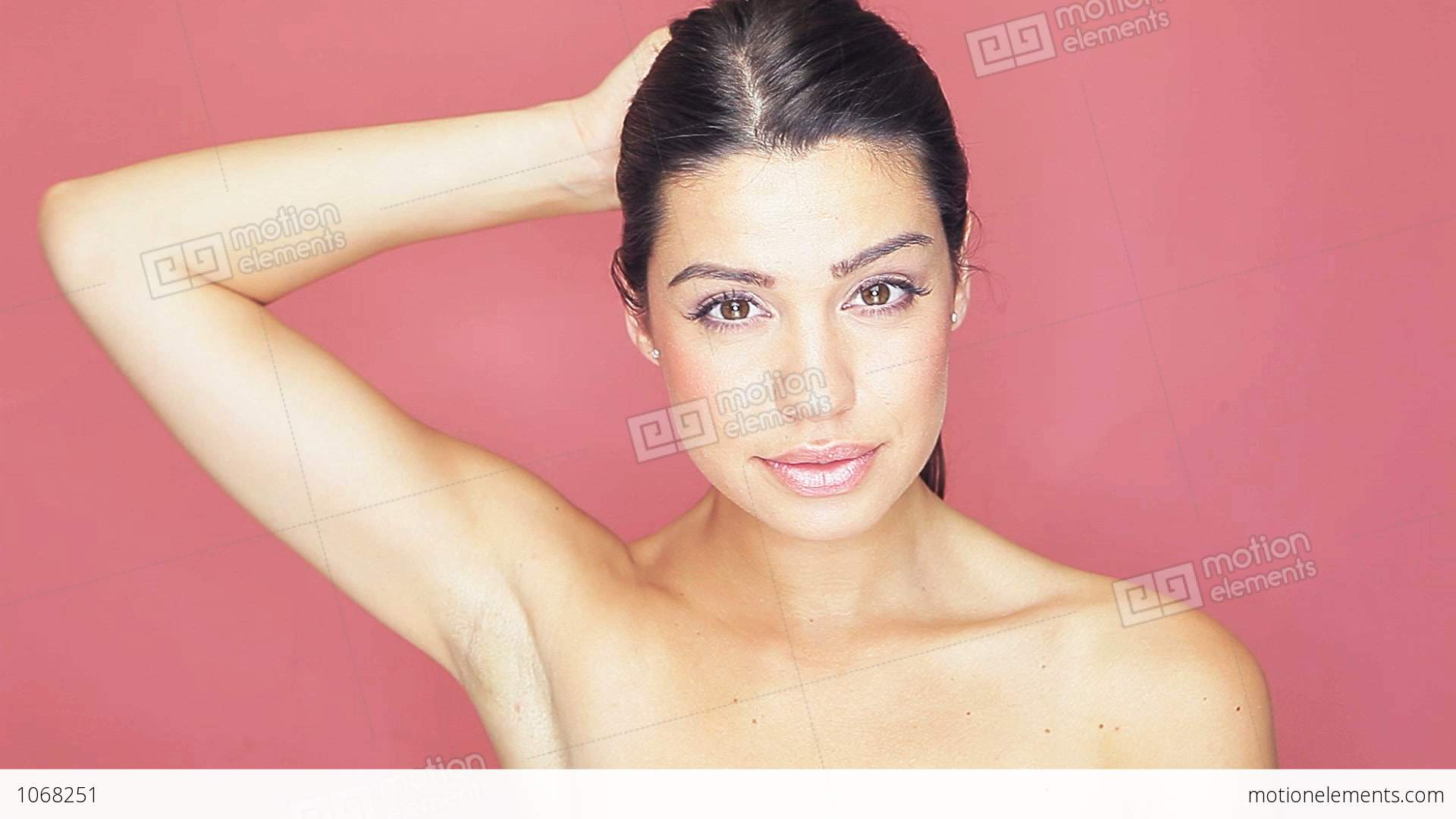naked-movtion-woman