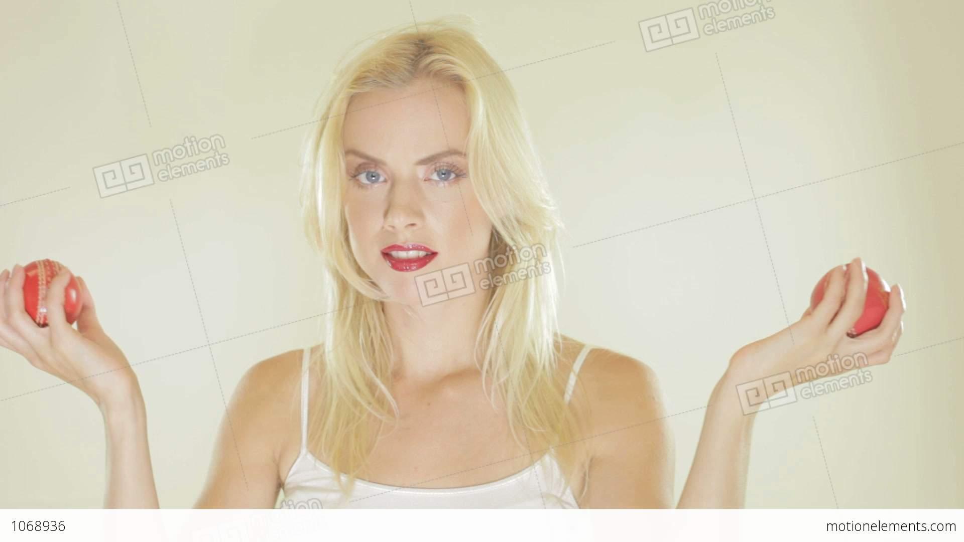 hd-blonde-video-milton-twins-blowjob