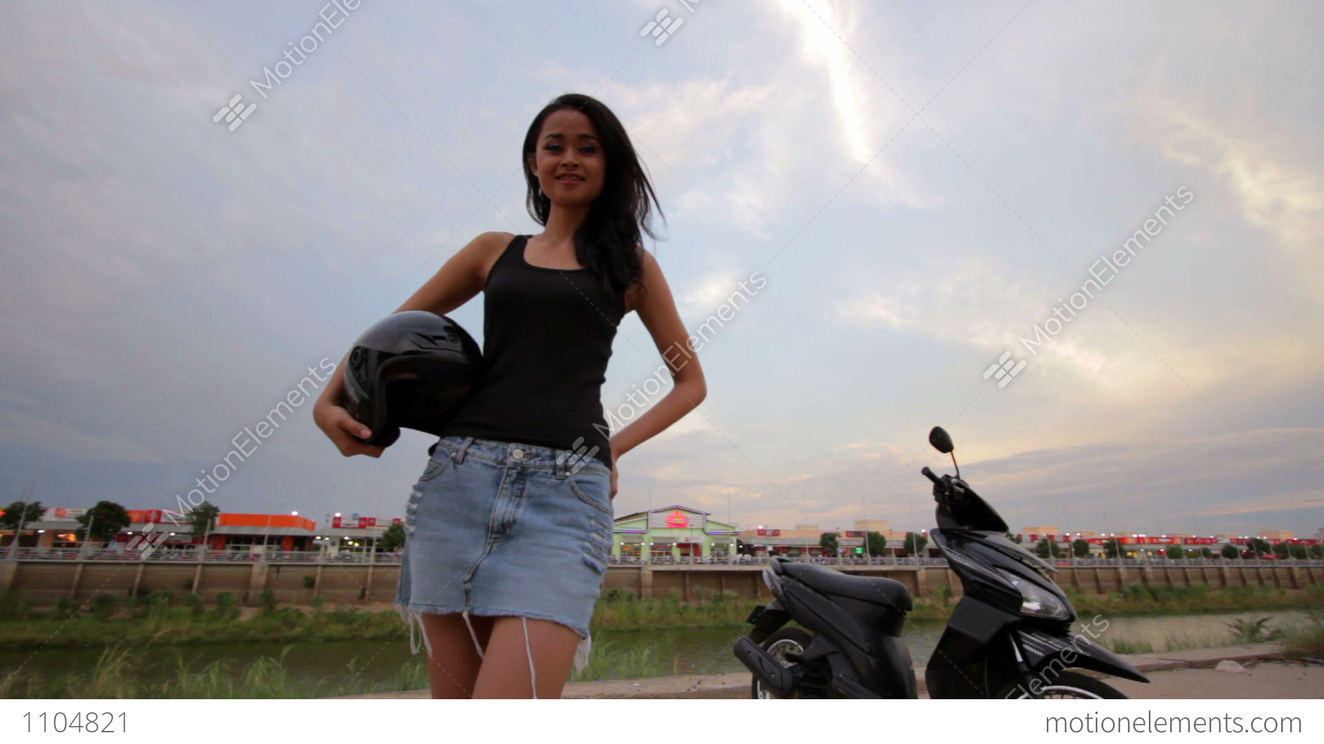 Unreal Blog Asian Woman