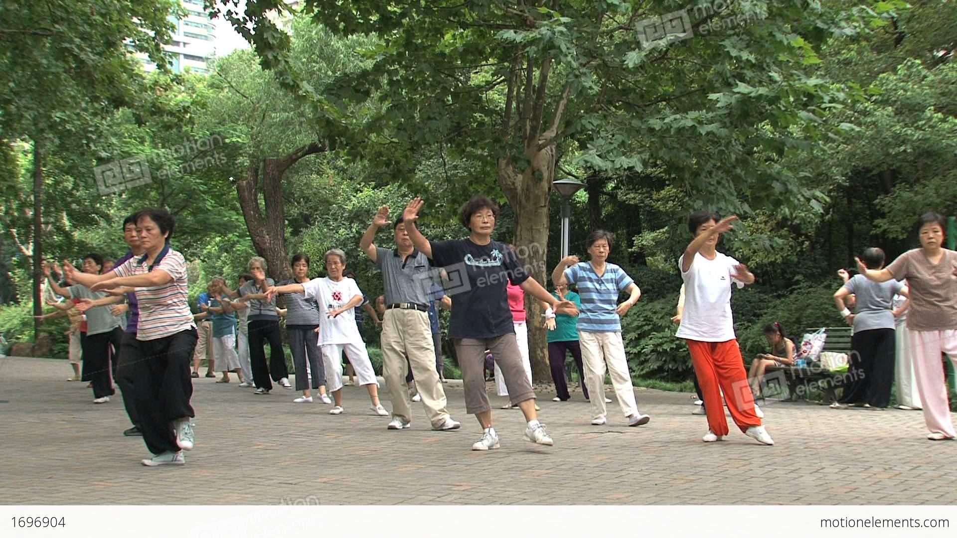 Group tai chi