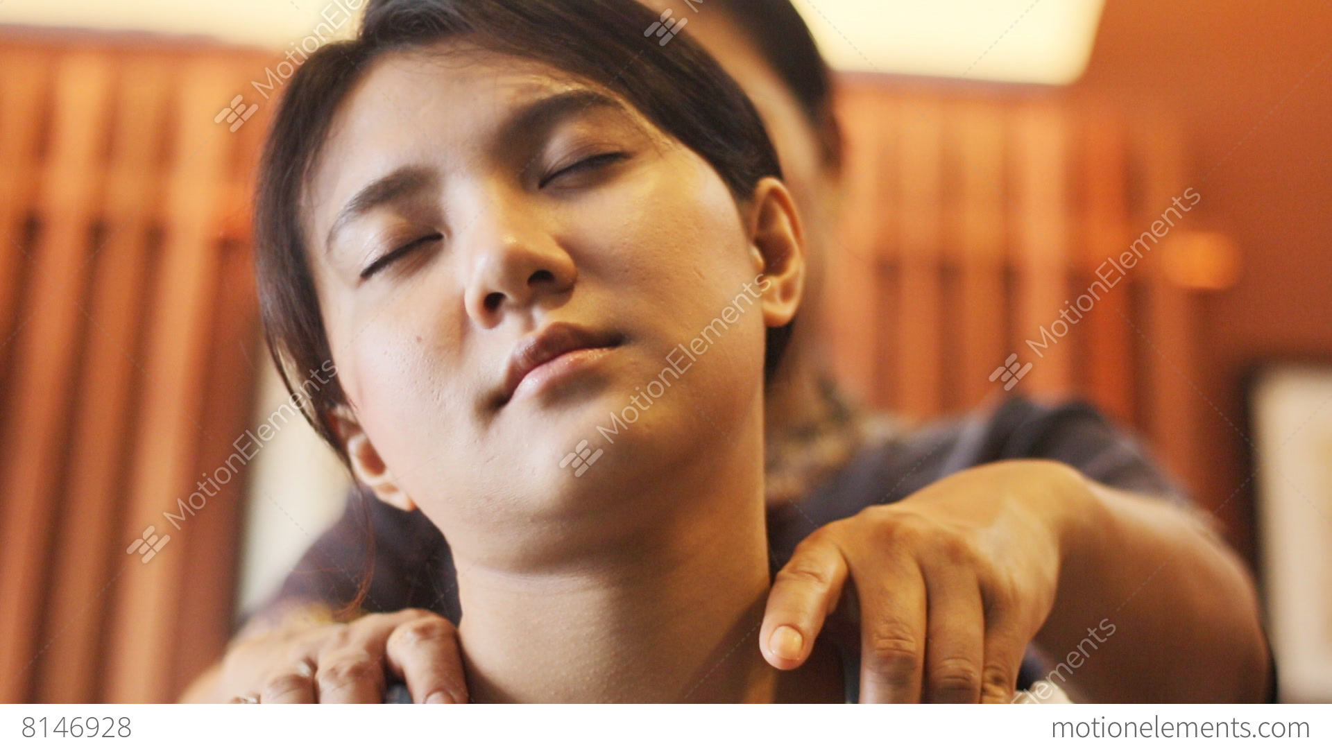 happy thai massage body care