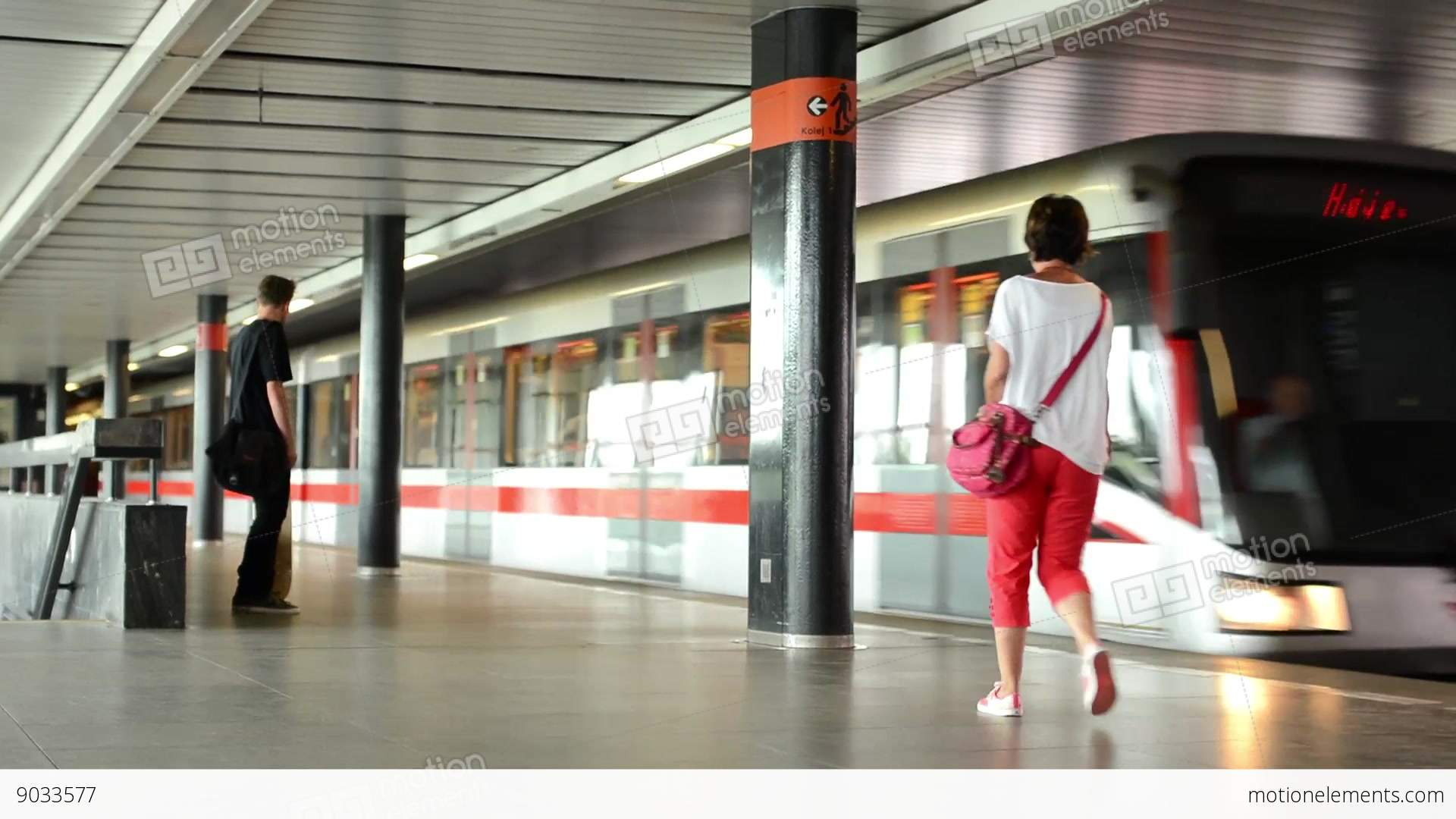 how to get to the train station