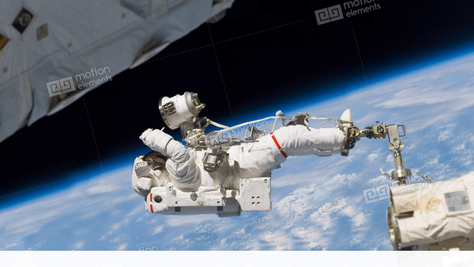 astronaut working in space - photo #40
