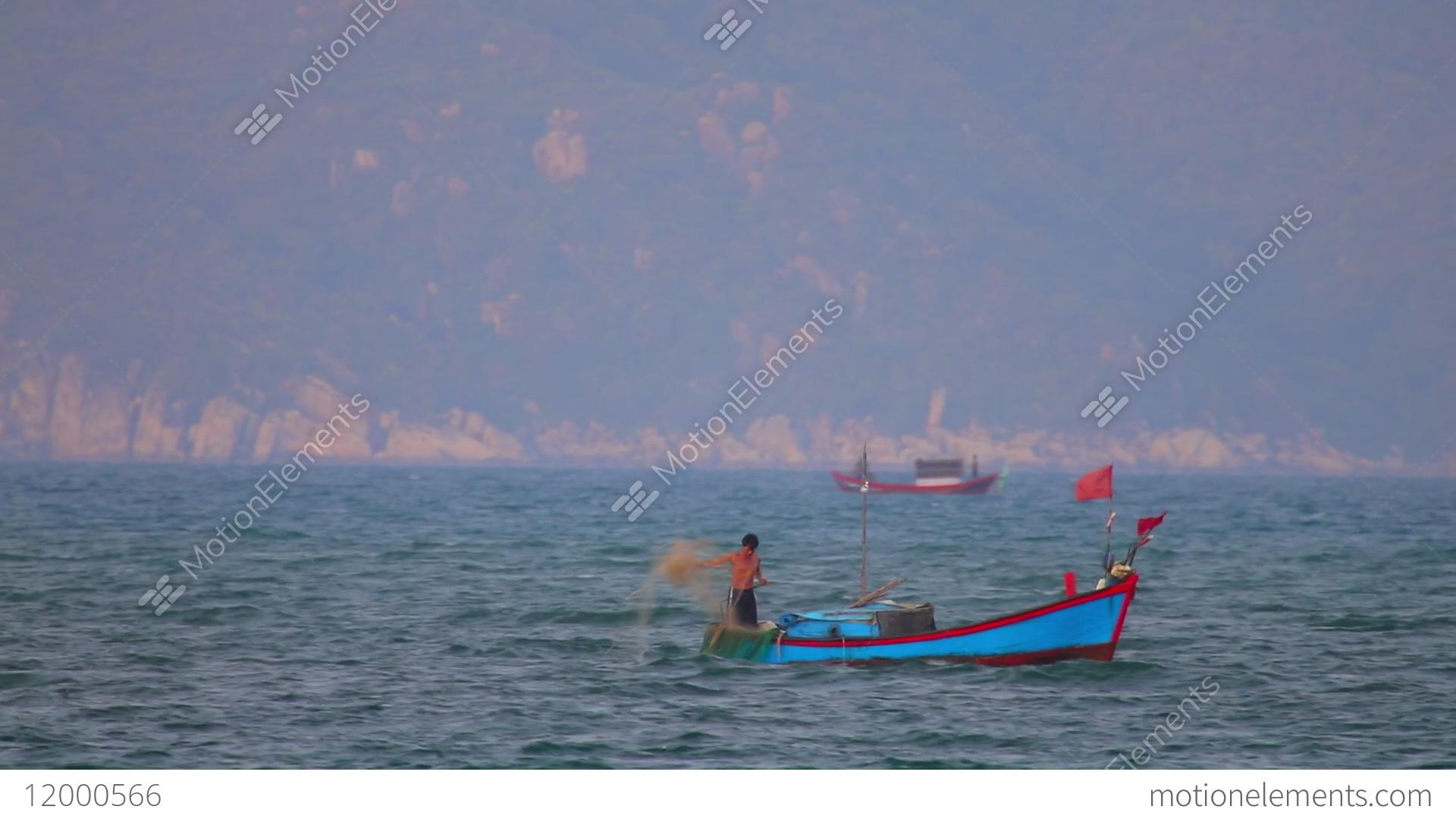 Casting hd boat