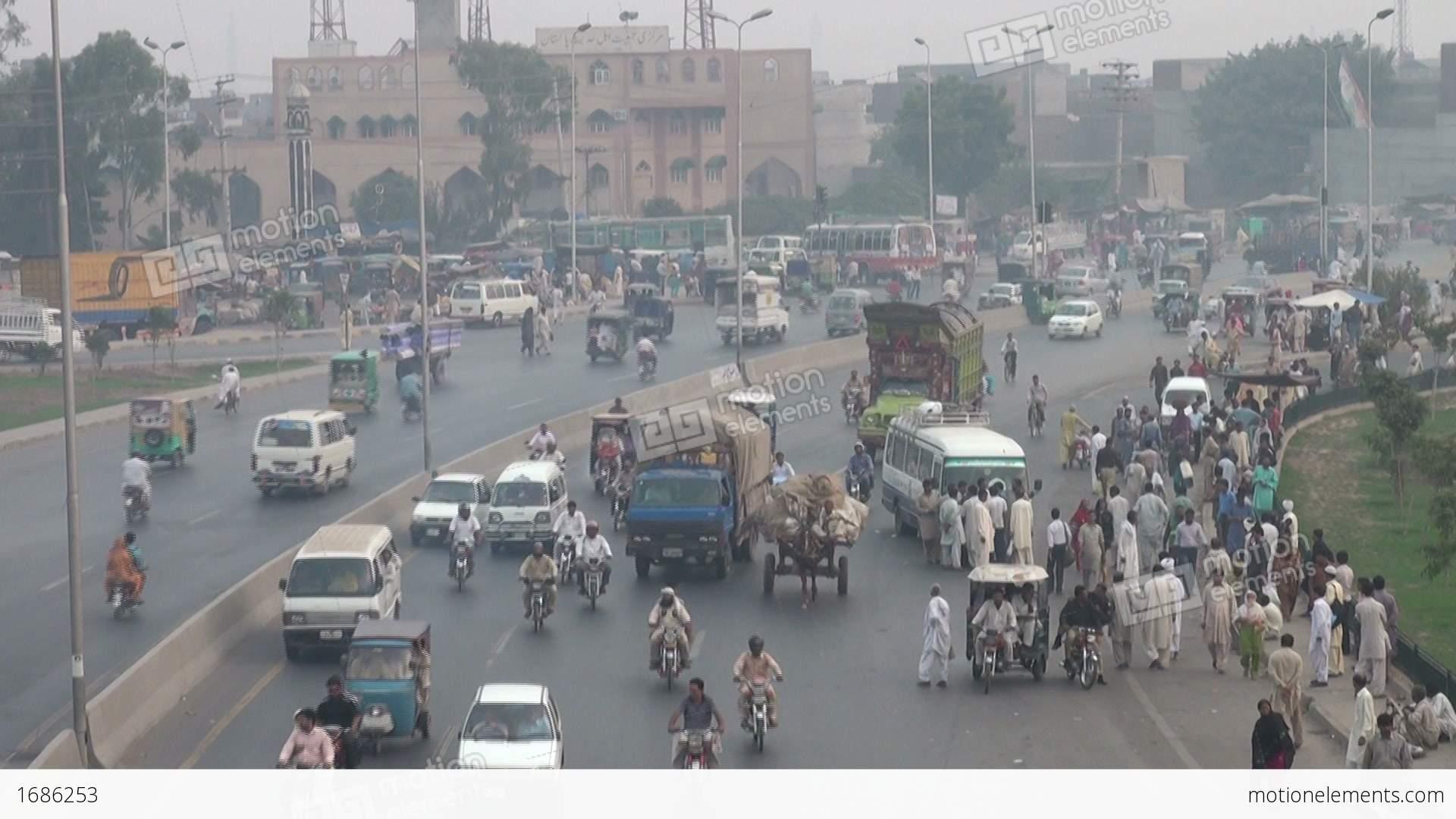 Highway, Lahore, Pakistan Stock video footage | 1686253