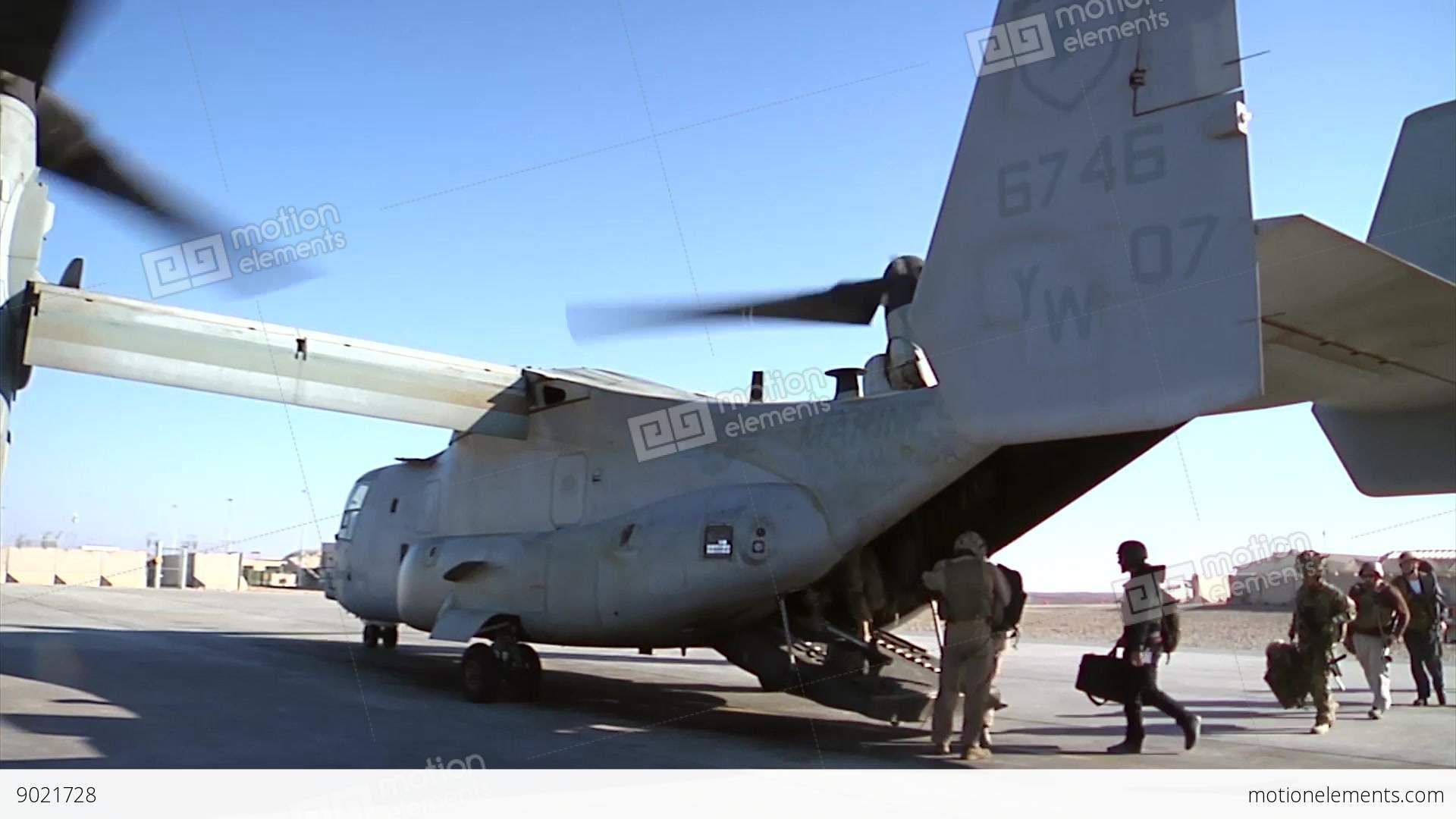 v22 mv22 osprey helicopter loading passengers stock video footage rh motionelements com